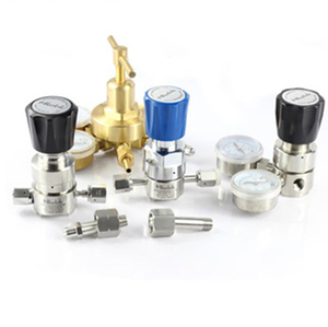 swagelok style VCR fittings Pressure Reducing Regulators