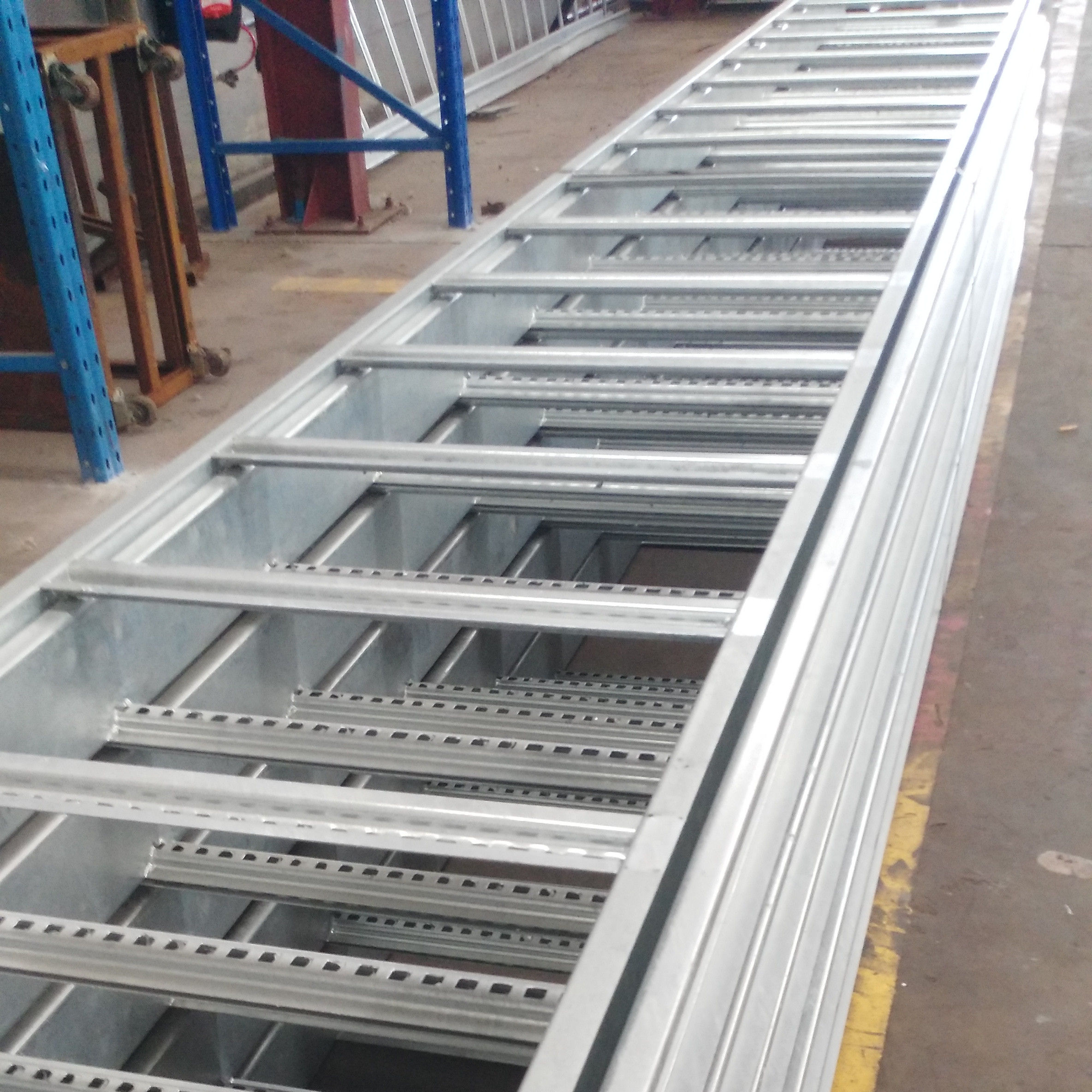 Factory Customization Electrical Hot Dip Cable Tray Ladder Type Solid Type