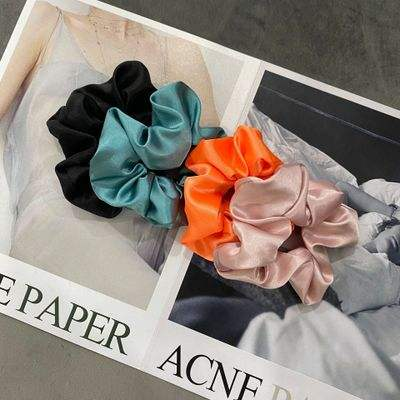 Wholesale Fashion girl hair accessories satin Scrunchies Silk Scrunchies for Hair