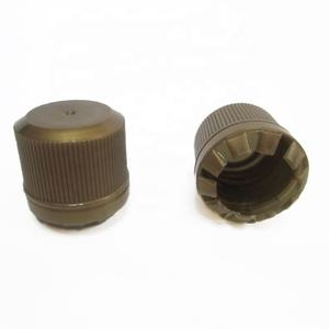 18/410 Small Plastic Cap Olive Oil Bottle Cap With Ribbed Closure  NCP32