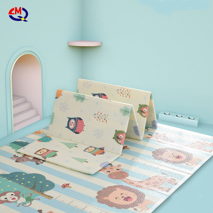 Hot Sale Amazon Baby Children's Folding Mat XPE Play Mat Personalized Foldable Mat