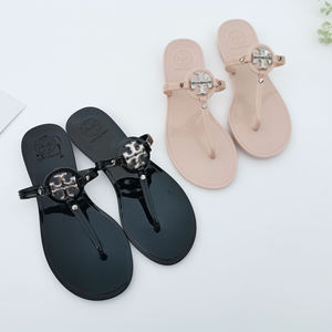 New design jelly shoes women Flip-flops Outdoor Beach Fashion jelly crystal sandals slippers for Women