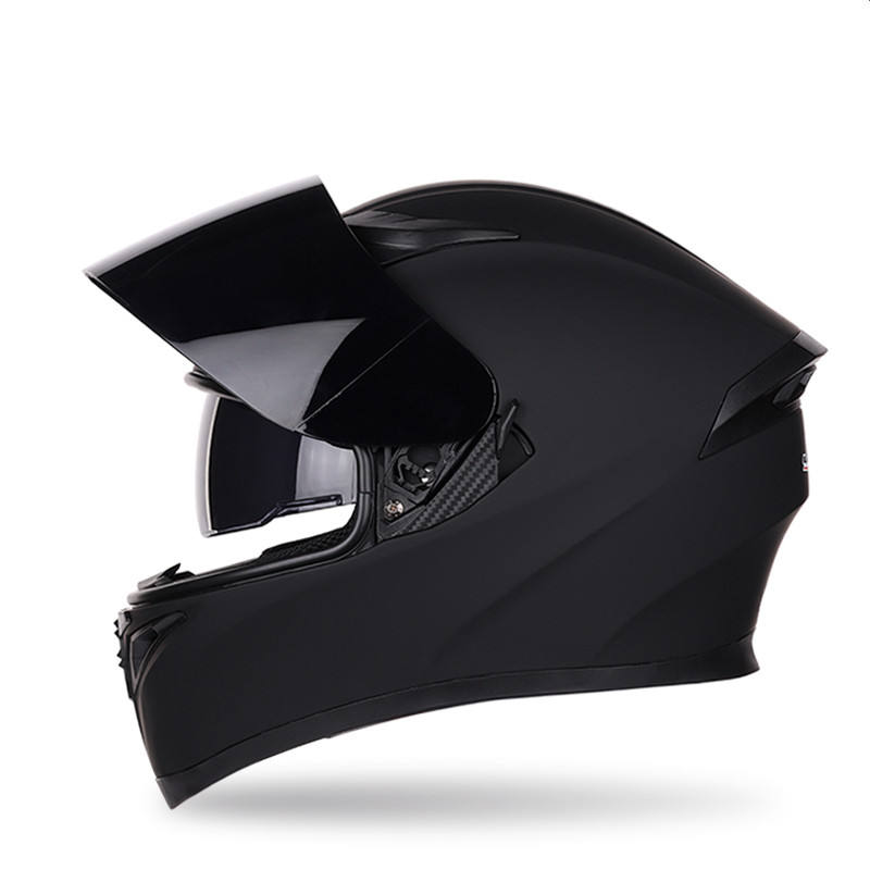 New Motorcycle Helmet Bluetooth Spealer Men And Women Full Face Helmet Cover Four Seasons Corner Locomotive Racing Helmet