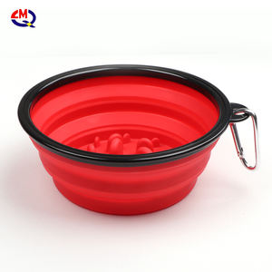 wall mounted silicone collapsible pet eat hanging portable pet slow feeding bowl