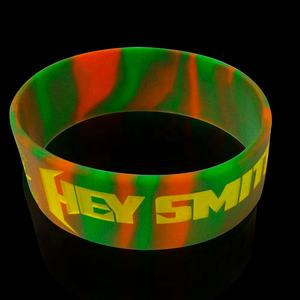 hot sell soft enamel paw print glow in the dark country flags silicone rubber stainless steel wristband bracelet with holes