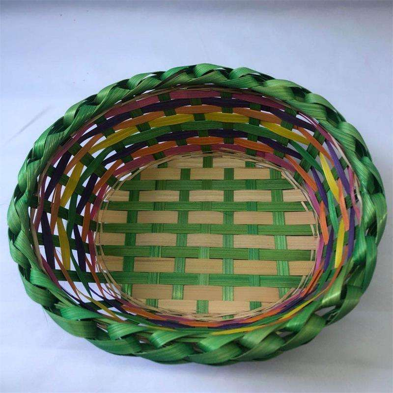 Handcrafted in color Easter to receive Household storage basket bamboo basket