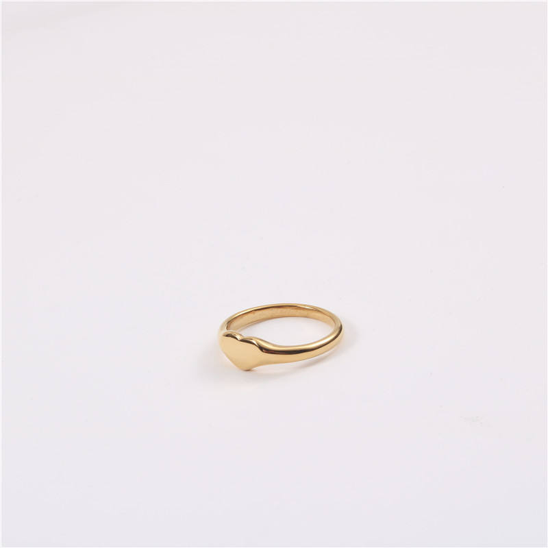 High End 18K Gold Heart Shape Stainless Steel Finger Rings for Women Stainless Steel Jewelry