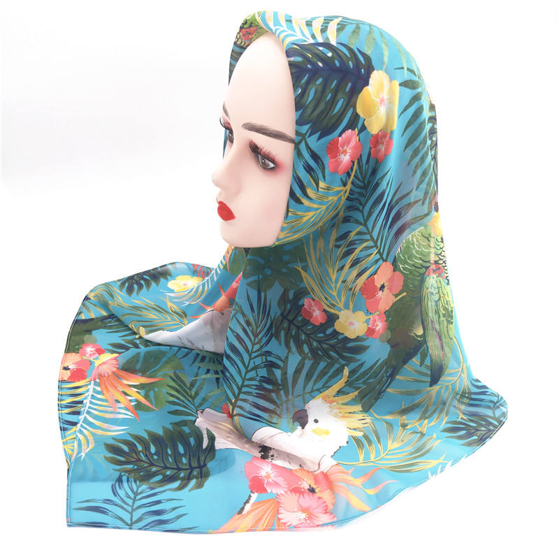 2020 Hot Selling Simple Style Home Daily Hijab Printed chiffon Scarf For Muslim Women
