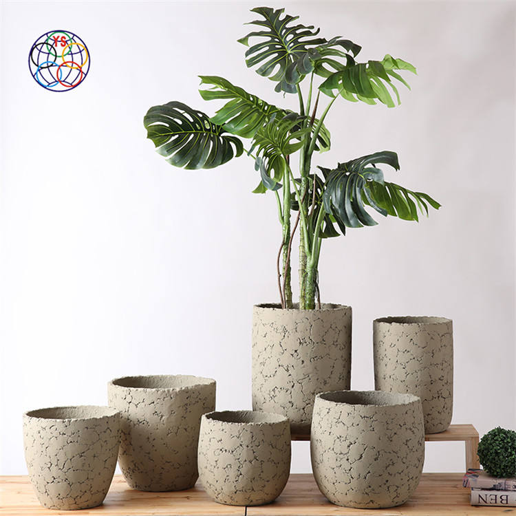 Matte modern design hand curved concrete planters / indoor outdoor balcony garden decoration flower pots for home decor