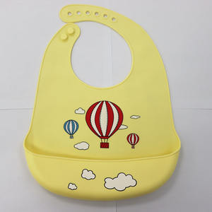Customized Printed Logo Multi Colored Soft Silicone Waterproof Baby Bibs with Crumb Catcher