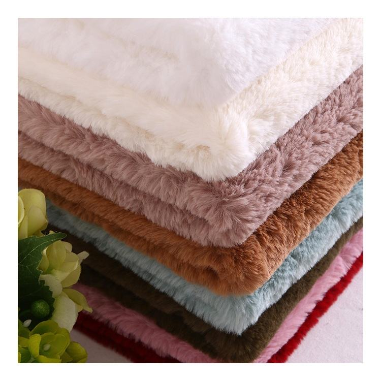 Wholesale 100% Polyester Long Pile Faux Fur Fabric