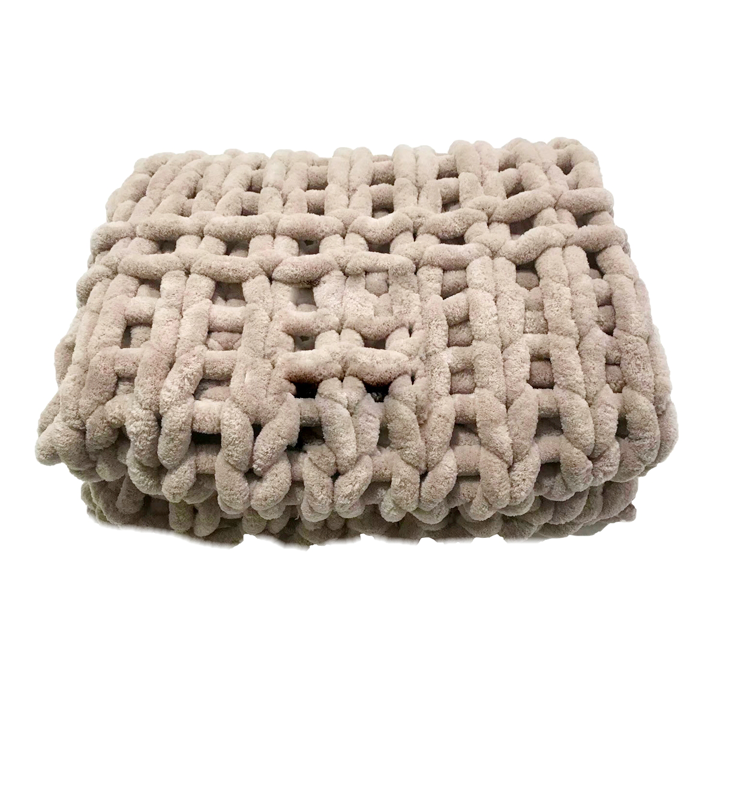 Chunky Knit Luxury Cable Knitted Premium Soft Cozy Polyester Chenille Bulky Blankets