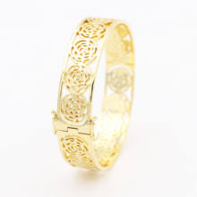 Popular Fashion Gold Tone Women's New Gold Bracelet Designs Bangles Brass