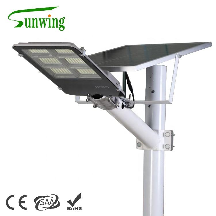 High efficiency waterproof ip65 lithium iron battery aluminum lamp body solar led street light