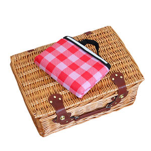 China supplier wholesale handmade wicker 2 person picnic basket customized stocked