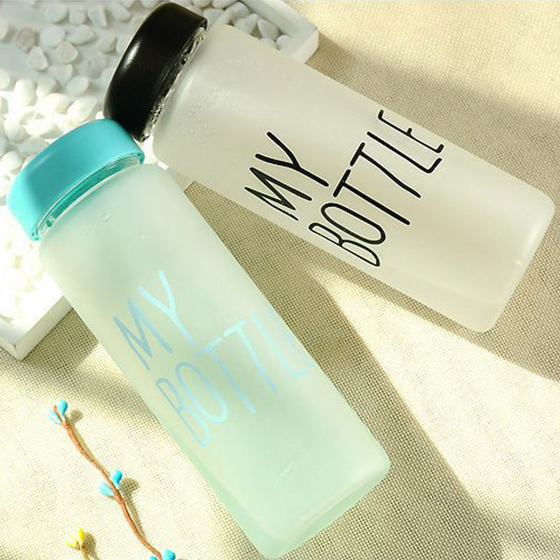 2019 hot sale simple design water bottle plastic Frosted children Water Bottle with cute hop-pocket cheap price