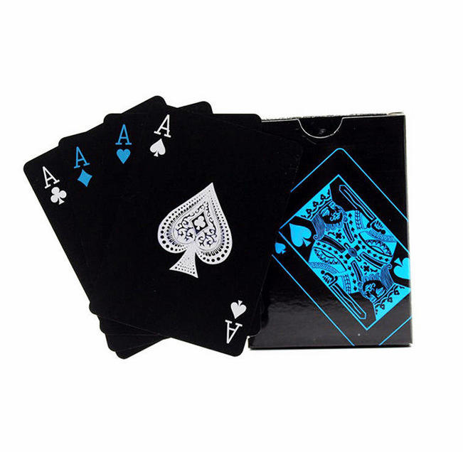 New Style Playing Cards Metal Poker Card Game Waterproof Blackjack Game Throwing Silver Card Durable Poker Bottle Opener