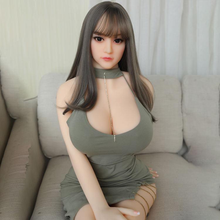 2019 新リアル等身大若い 18 セクシーな日本のかわいい女の子裸巨乳成熟したセックス人形