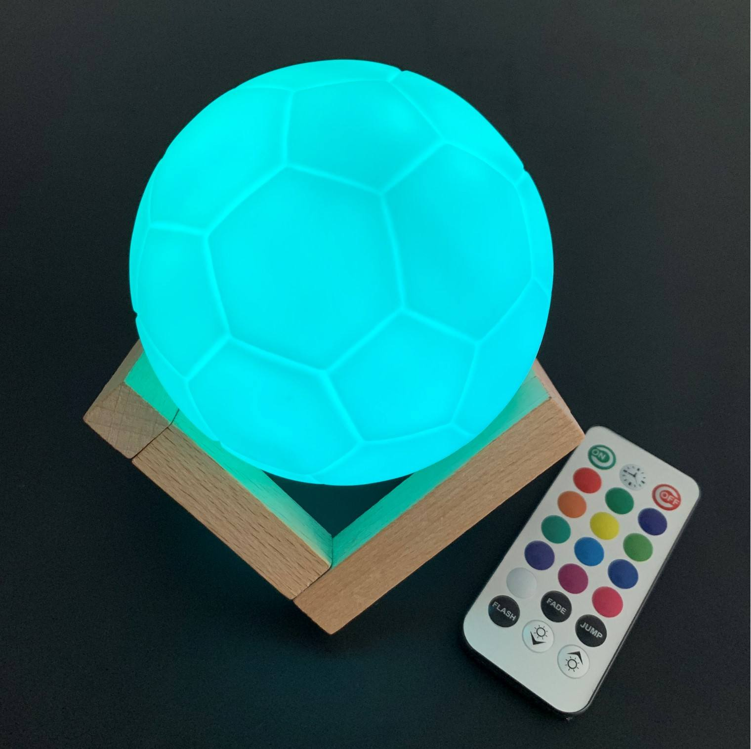 New Product Ideas 2020 Swimming pool led soccer ball lighting waterproof football Gift for Christmas