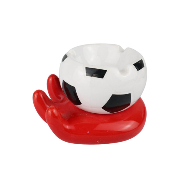 New Design Football Ashtrays Smokeless Car White Ashtray For Sale