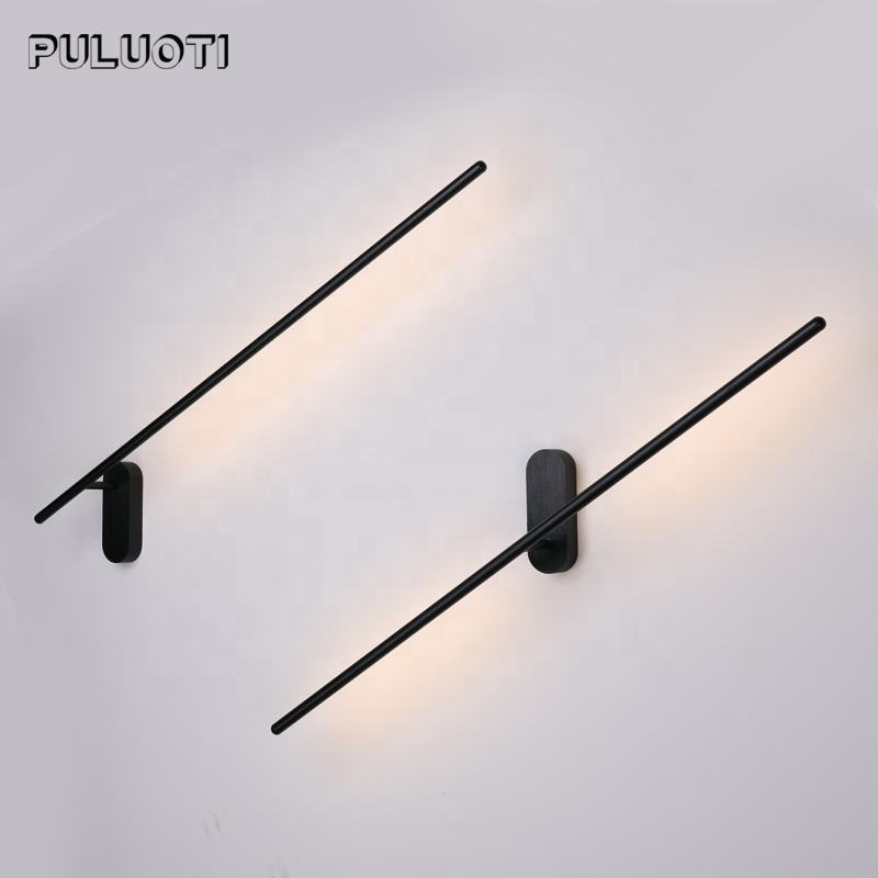 Puluoti Modern Style Free Rotation 10W Mirror Light Surface Mount LED Wall Lamp