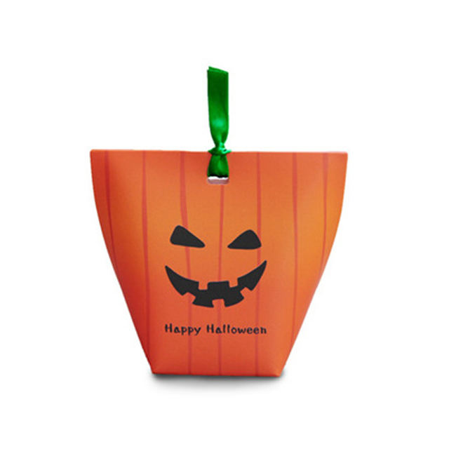 2019 fancy recyclable custom printing Halloween candy gift packing paper handle bags