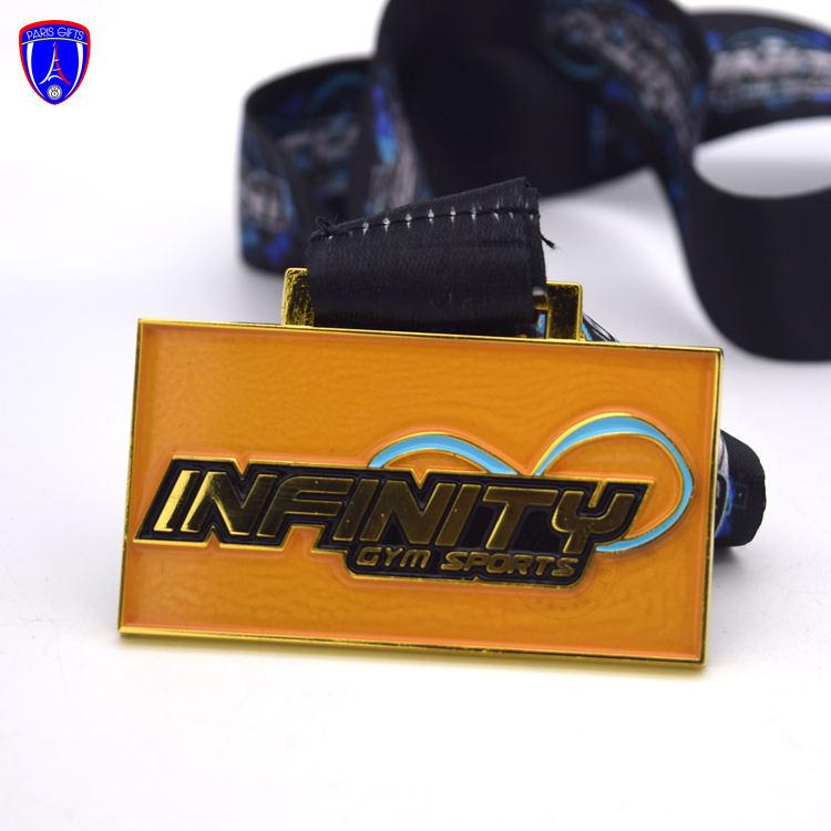 Custom Gym Sport Medals Award With Spray Gold Powders