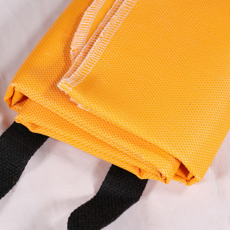 more colors Coated silicone kitchen fire-fighting equipment fiberglass fire blanket