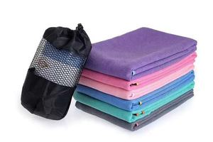 Embroidery Silicone Dots Non-slip Microfiber Yoga Towel With Pocket Corners