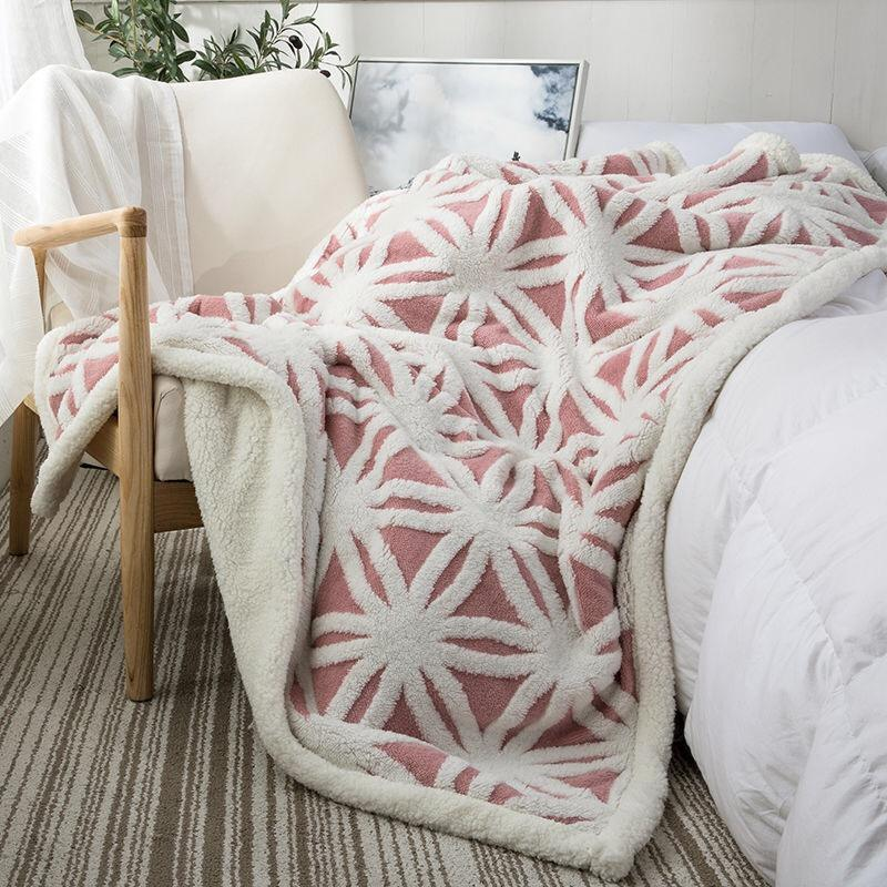 Wholesale Double Side Warm Thick Sherpa Throw Blanket Plush Jacquard Snowflake Pattern Soft Thick Blanket For Couch Sofa Bed