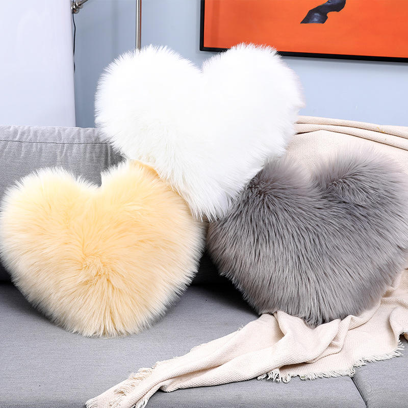 Nordic Plush Throw Pillow Plush Heart-Shaped Sofa Pillow For Home