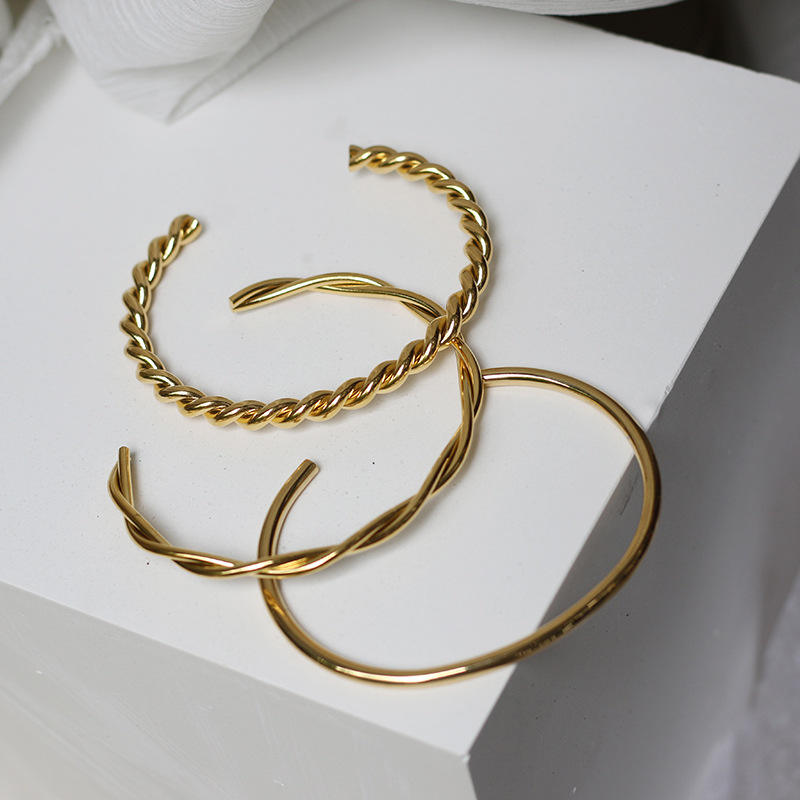 New Trendy Stainless Steel Expandable Wire Bracelet 18k Gold Plated Twisted Cable Wire Cuff Bangle Bracelet Femme 2020