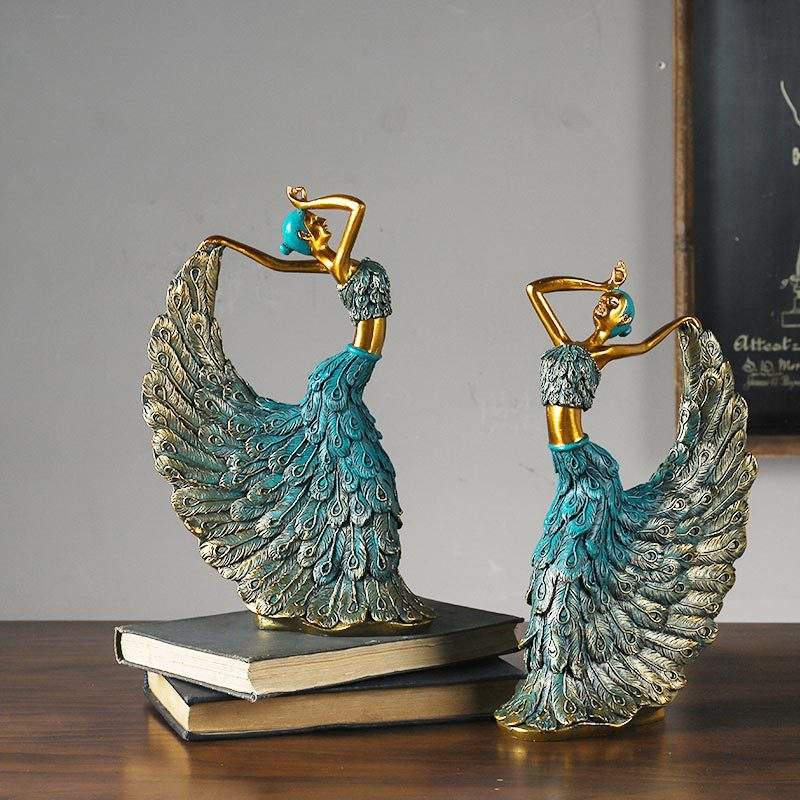 Factory Direct European Classical Resin Crafts Peacock Dancer Beauty Wedding Room Decoration