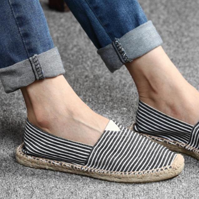 Go get it now Men Hemp Shoes Espadrilles Designer Breathable Casual Boat Shoes Men Loafers Ultralight Shoes Beige Flats
