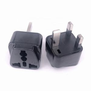 Universal Malaysia MiddleEast 13a 250V 2 in 1 plug and socket power charger 3pin UK adapter plug Type G