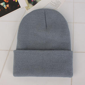 Professional customized winter hat custom woman beanie