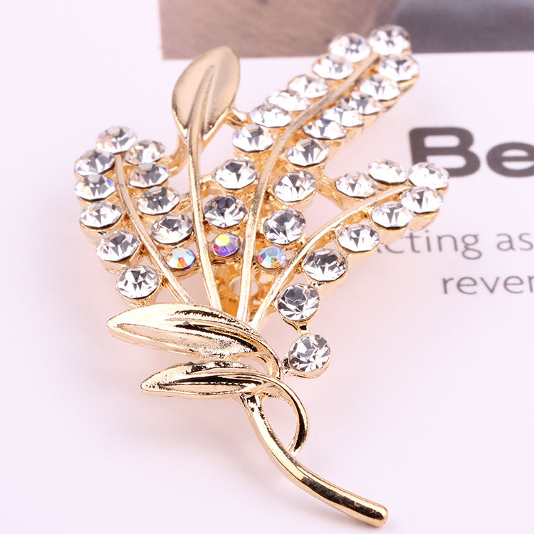 Custom Golden Rhinestone Handmade Design Broach Pin Plain Small Gold Saree Brooch