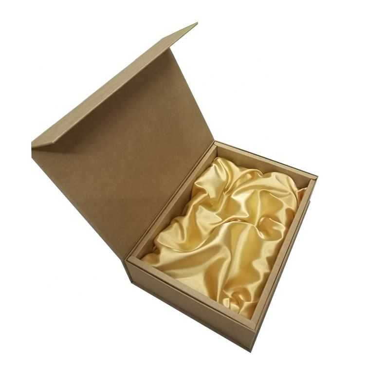High quality and hot sale of paper gift box packaging kraft wholesale supplies