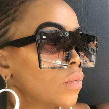 Vintage Oversized One Piece Lens Women Sunglasses Hot Selling Female Ladies Square PC Sun Glasses With Rivet