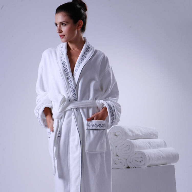 100% Cotton Hotel Bath Robe with Embroidery Logo