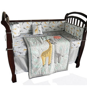 Baby crib bedding set cartoon 8 pieces printing bedding set with quilting