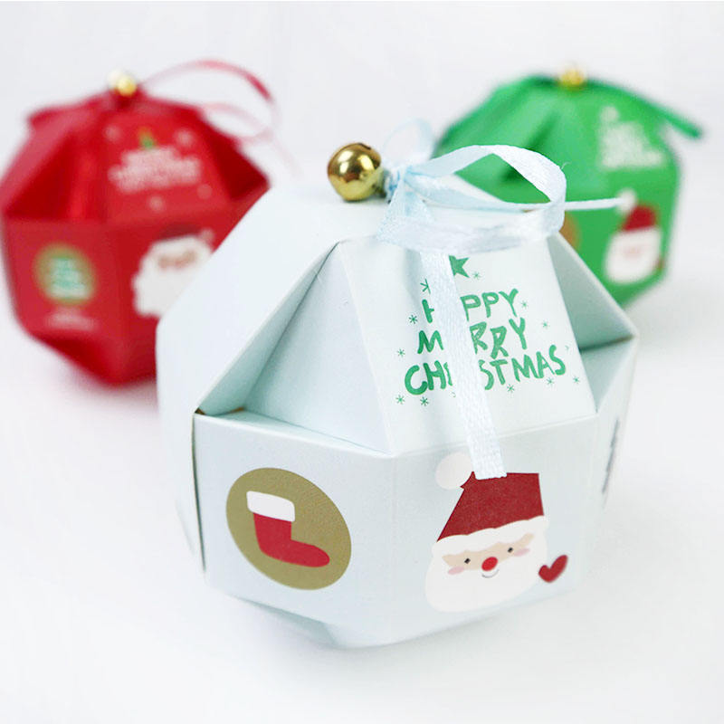 2020 beautiful fashionable Christmas gift paper box for candy/chocolate/cookie