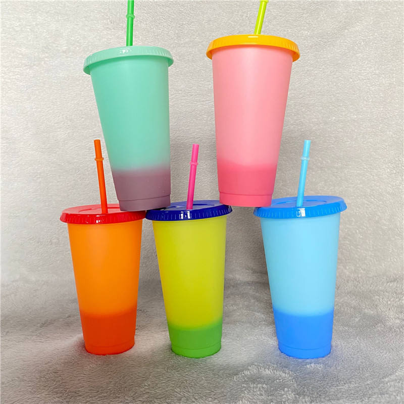 Promotional advertising gifts 700ml 24oz PP pack of 5 With straw and lid Temperature sense gradient color change Plastic tumbler