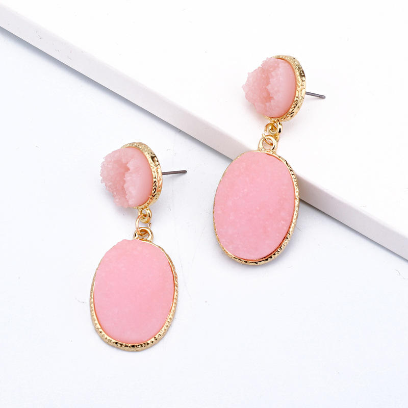 Europese Hotsale Exquisite <span class=keywords><strong>Roze</strong></span> Ovale <span class=keywords><strong>Druzy</strong></span> Stone Drop Oorbellen Candy Kleur Geometrische Resin Quartz Stone Dangle Oorbellen