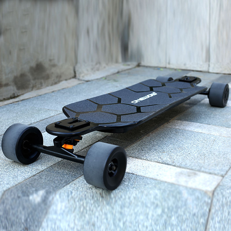 2020 Best budget electric skateboard longboard dual hub motor fast speed 45kms/h long range electric skateboard
