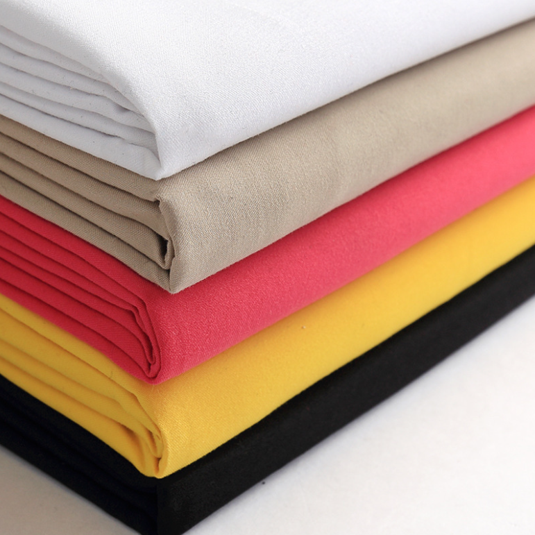 China factory price 100%polyester twill Peach skin velvet fabric for cushion cover or garment