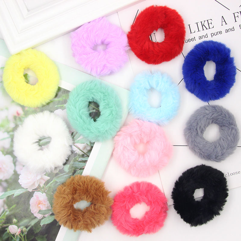2020 Wholesale Women Colorful Furry Hair Accessories Scrunchies Bulk Elastic Hair Band Solid Color Small Plush Scrunchies