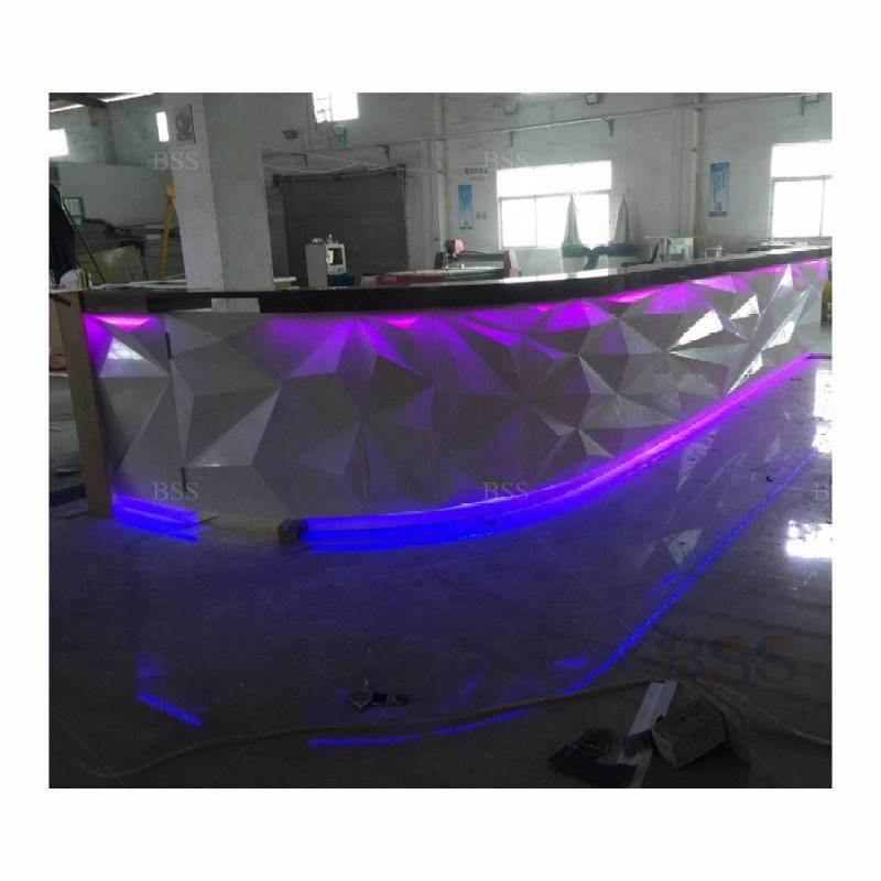 Cassiere Scrivania Moderna LED Night Club Bar e <span class=keywords><strong>Mobili</strong></span> Da Salotto Vino a Fini Commerciali Night Club Tavolo Curvo Bere Bar <span class=keywords><strong>Mobili</strong></span>