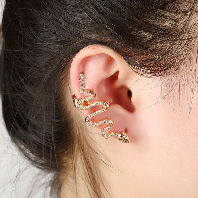 Snake Shape Ear Cuff Warp Earrings In One Ear