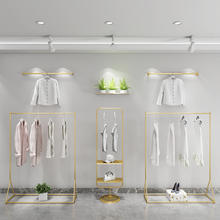 2020 Customized fashion metal shop fitting lady apparel retail store stand gold clothes display garment boutique clothing rack